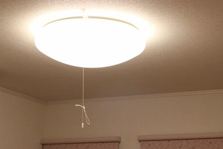 電気がチカチカする霊現象