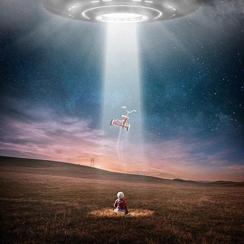 宇宙人によるアブダクションは明晰夢では無い。
